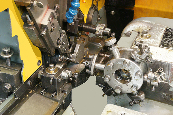 Single Spindle Screw Machine